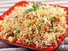 Рецепта Пиле Биряни - пилаф с ориз, картофи, пилешки гърди, зеленчуци и оризово фиде (спагети - нудълс) на тиган
